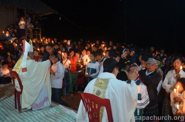 Người Công Giáo H, Mông ở Điên Biên Hmoob Kav Tos liv (Catholic) nyob xeev Dien Bien cob tsib teb Copy-o24