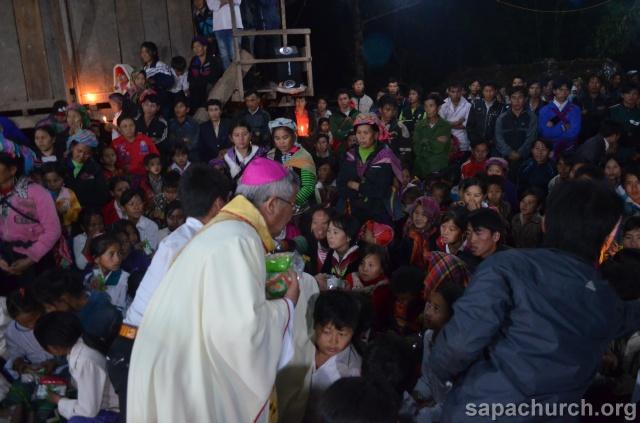 Người Công Giáo H, Mông ở Điên Biên Hmoob Kav Tos liv (Catholic) nyob xeev Dien Bien cob tsib teb Copy-o26