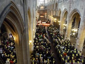 Eglise St.Nicolas des Champs, Teev Ntuj rau cov neeg mob nyob Paris Photos10