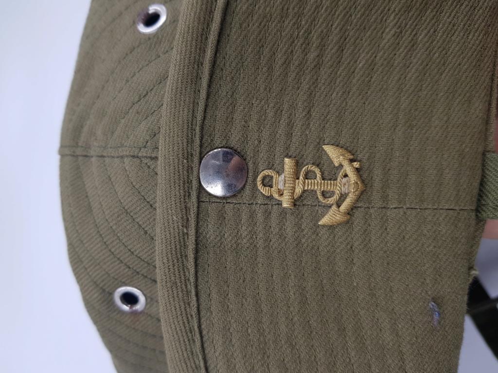Calot et chapeau de brousse. 20190634