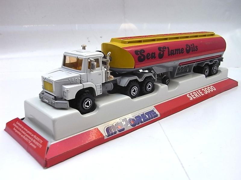 N°3040 Scania Citerne 018a10