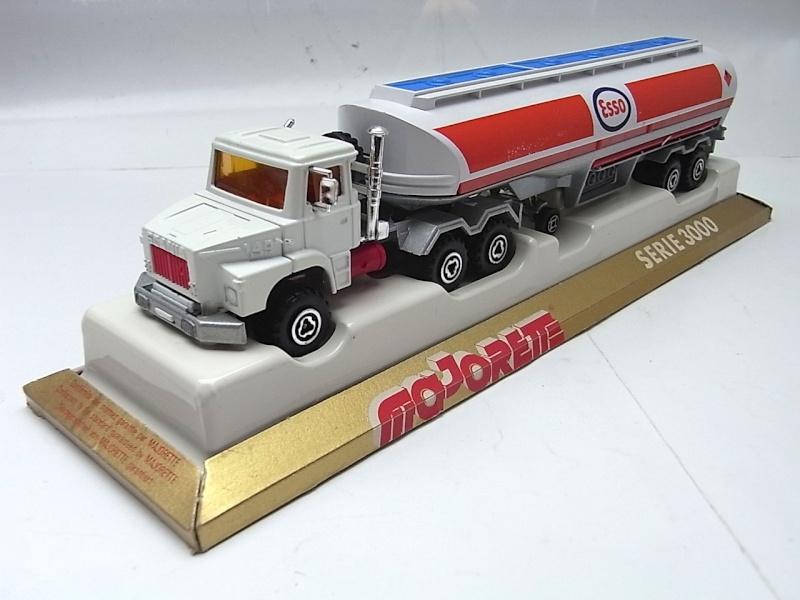N°3040 Scania Citerne 032a10