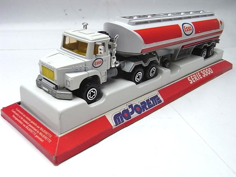 N°3040 Scania Citerne 034a10