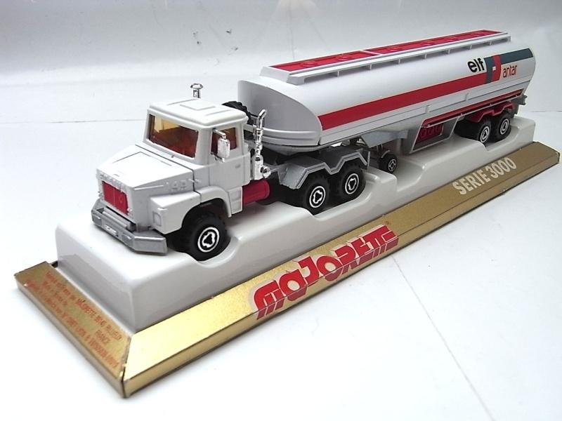 N°3040 Scania Citerne 036a10