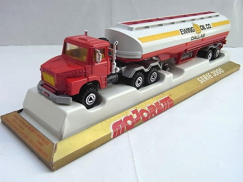 N°3040 Scania Citerne 056a10