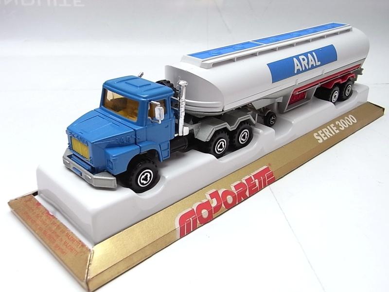 N°3040 Scania Citerne 131a10
