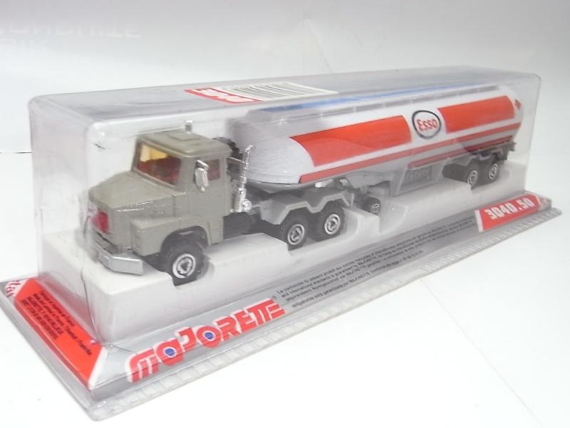 N°3040 Scania Citerne 165a10
