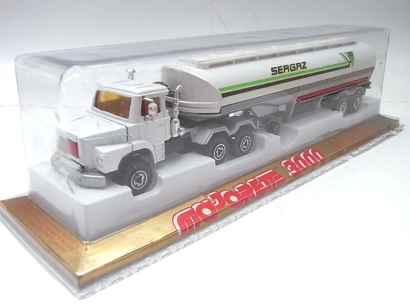N°3040 Scania Citerne 190a10