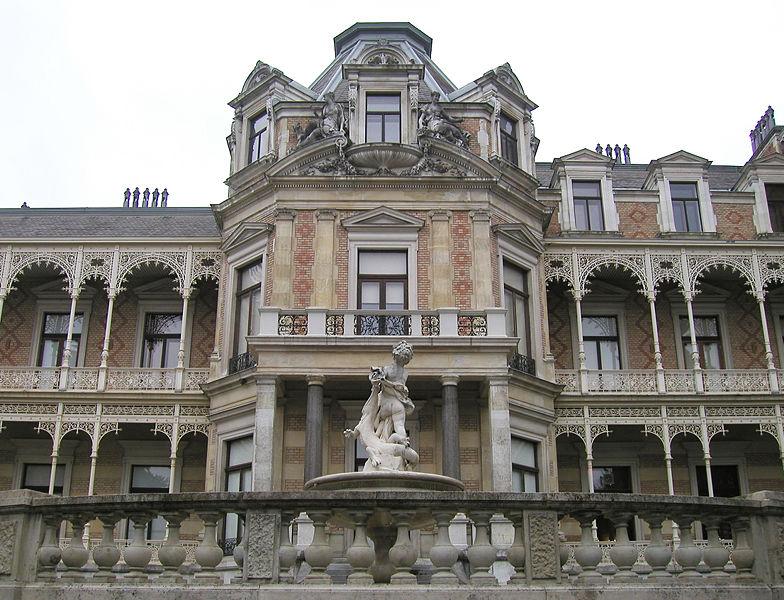 Chateaux  d'Autriche 784px-10