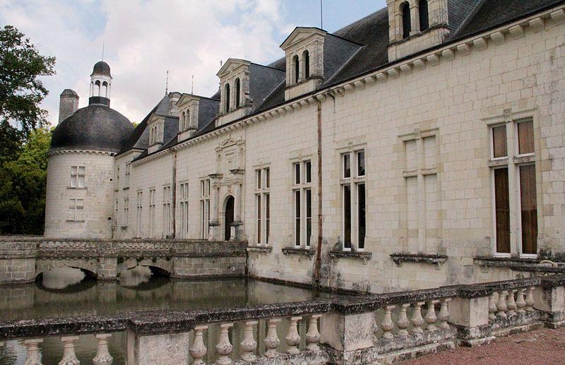 Chateaux de la Loire - Page 2 80014110