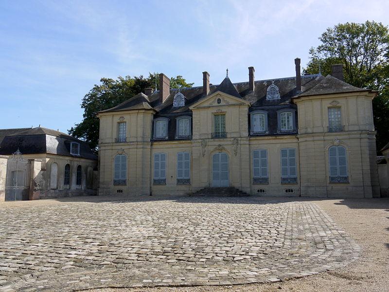 Les châteaux Parisiens 800px-10