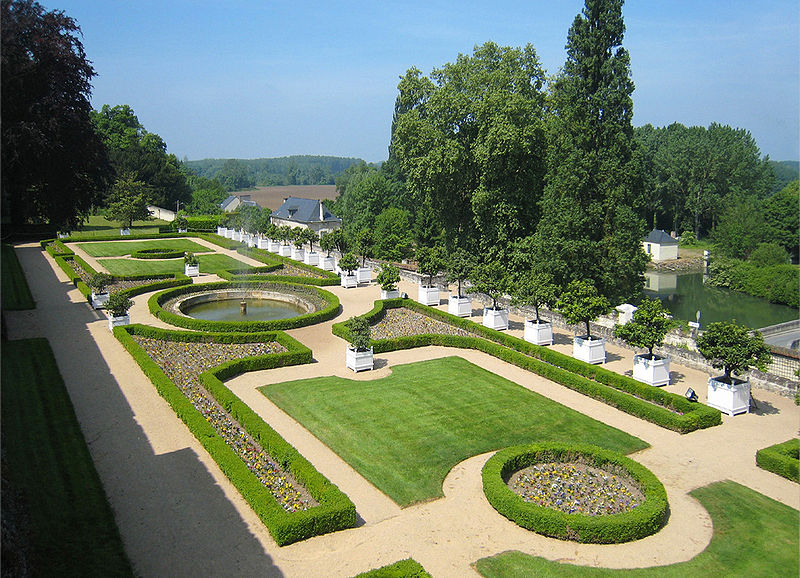 Chateaux de la Loire 800px-83