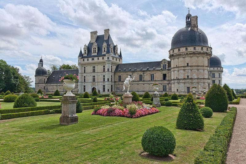 Chateaux de la Loire 800px-84