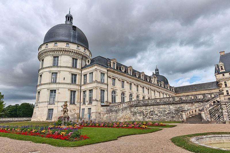 Chateaux de la Loire 800px-86