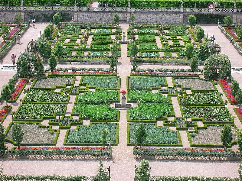 Chateaux de la Loire 800px-89
