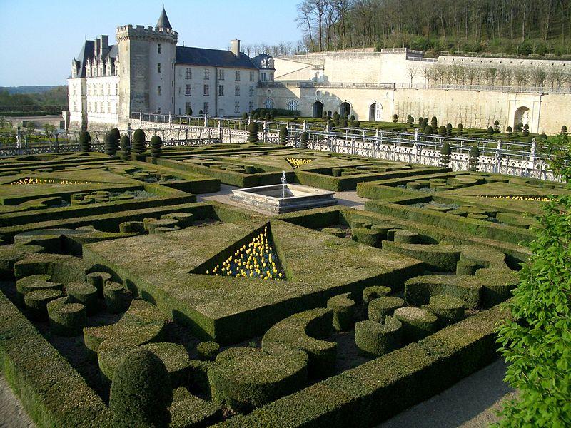 Chateaux de la Loire 800px-91