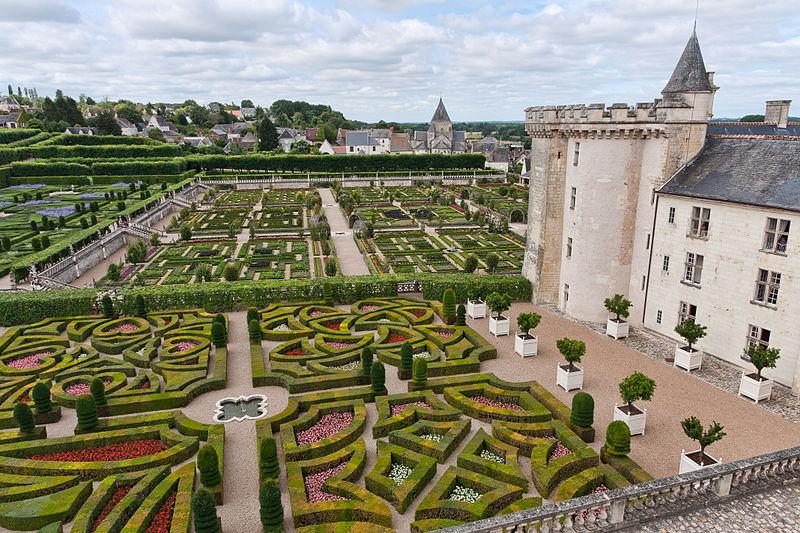 Chateaux de la Loire 800px-94