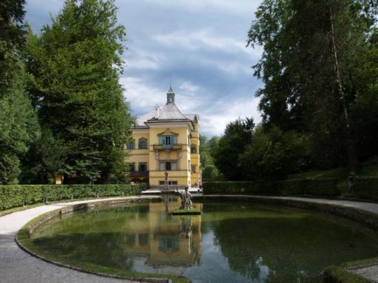 Chateaux  d'Autriche 81-c4-10