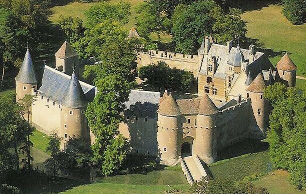 Chateaux de la Loire - Page 2 Ainayl10