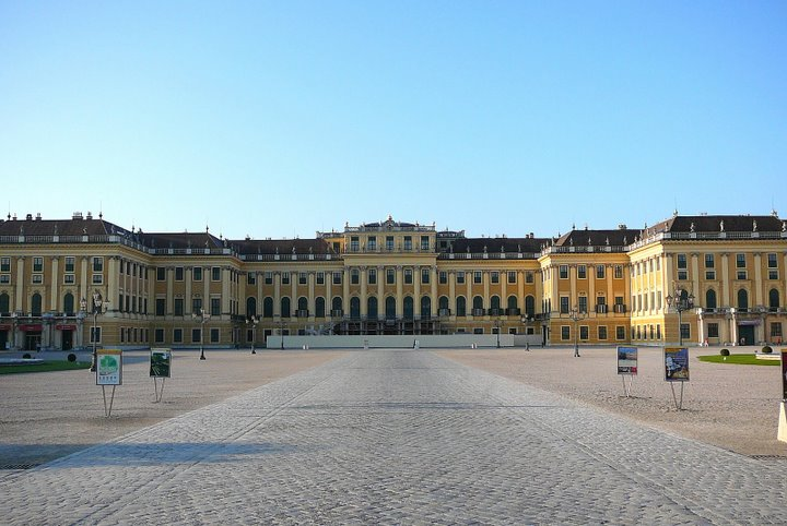Chateaux  d'Autriche B0d66f10