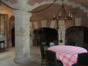Les châteaux du département de Eure Cuisin14
