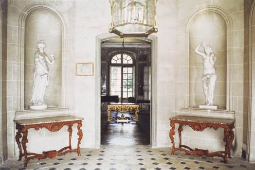 Les châteaux Parisiens Hall-d10