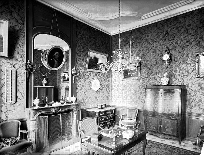 Les châteaux Parisiens Wvsan010