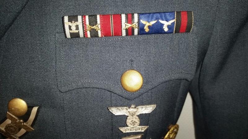 Mon mannequin de Generalleutnant de la Luftwaffe - Page 2 Unif310