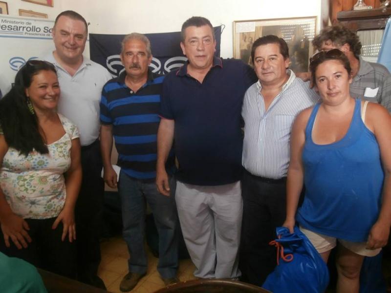 Jornada deportiva en Escobar y Baradero. 10995411