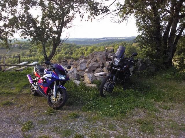 Vos plus belles photos de moto - Page 40 10491910