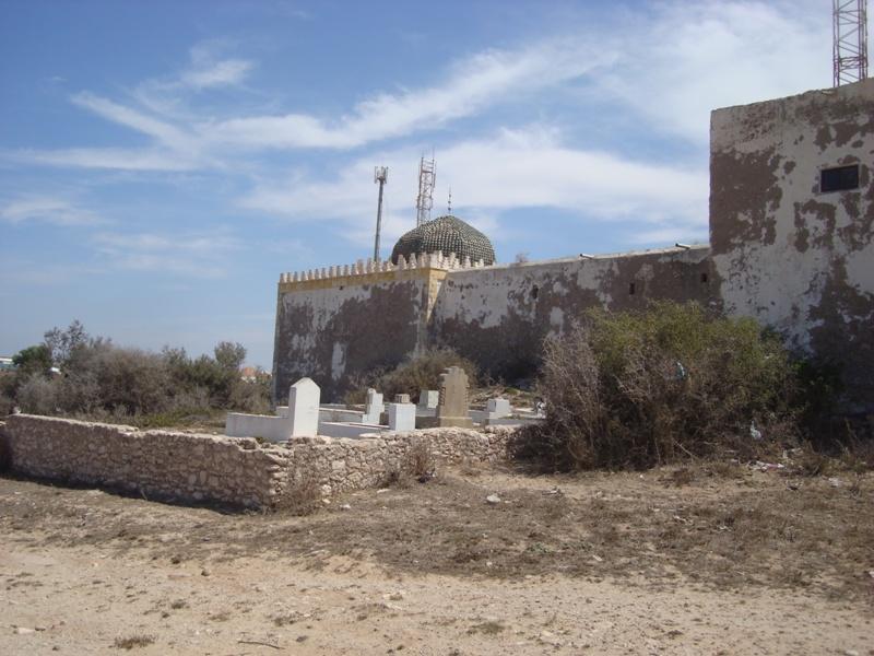 Sidi Magdoul le sanctuaire de Mogador et son cimetière. Dsc01011