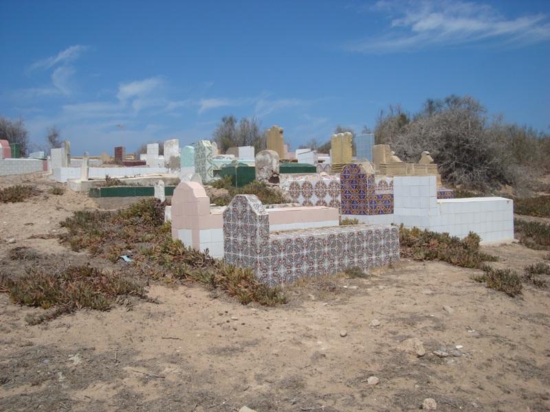 Sidi Magdoul le sanctuaire de Mogador et son cimetière. Dsc01012