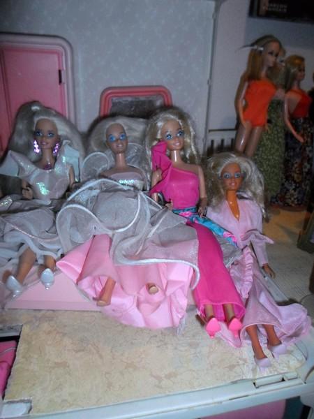 Les Barbie d'Anubislebo - Page 2 Sam_2645