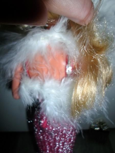 après les poupées, les habits... Sam_2682