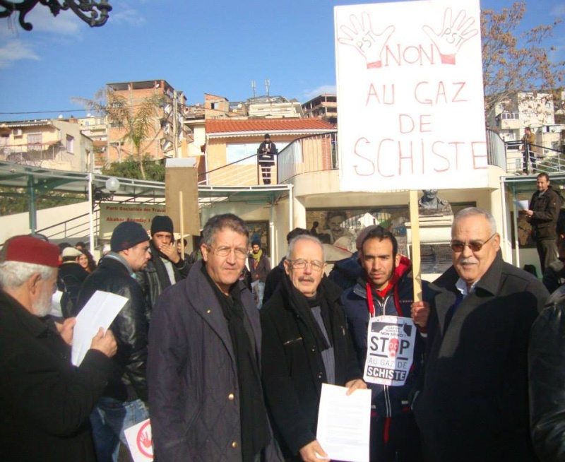 Rassemblement citoyen le samedi 24 janvier 2015 à Bejaia  anti Gaz de Schiste 1147