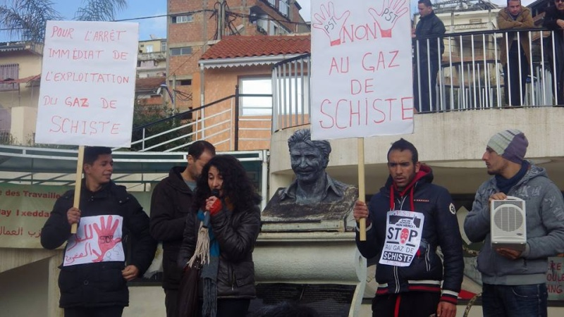 Rassemblement citoyen le samedi 24 janvier 2015 à Bejaia  anti Gaz de Schiste 1150