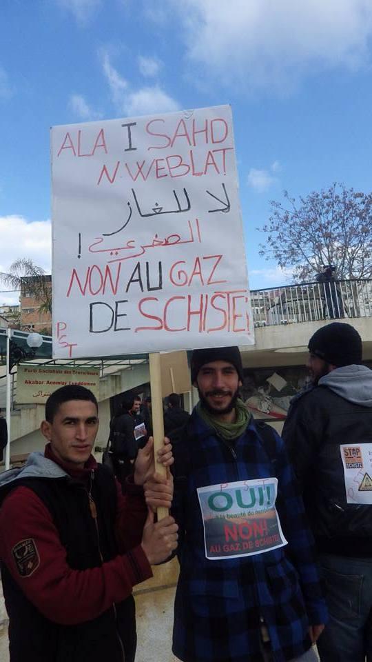 Rassemblement citoyen le samedi 24 janvier 2015 à Bejaia  anti Gaz de Schiste - Page 2 1155