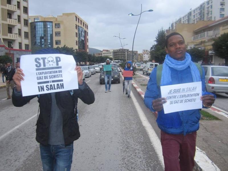 Les etudiants de Bejaia marchent contre le gaz de schiste  Sadi15