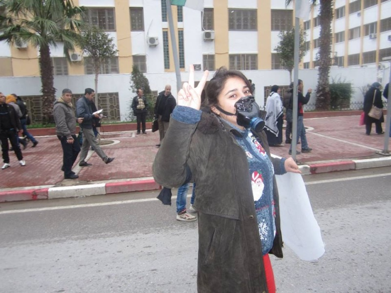 Les etudiants de Bejaia marchent contre le gaz de schiste  Sadi18