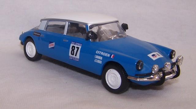 """Les CITROËN dans la Collection """"100 ans de Sport Automobile"""" 100_sp76"""