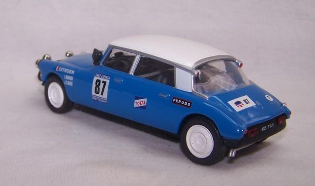 """Les CITROËN dans la Collection """"100 ans de Sport Automobile"""" 100_sp77"""