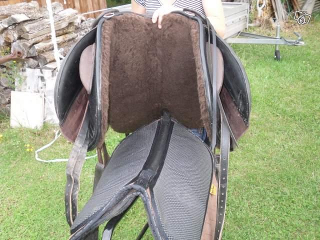 Choisir sa selle barefoot et ses accessoires 34746310