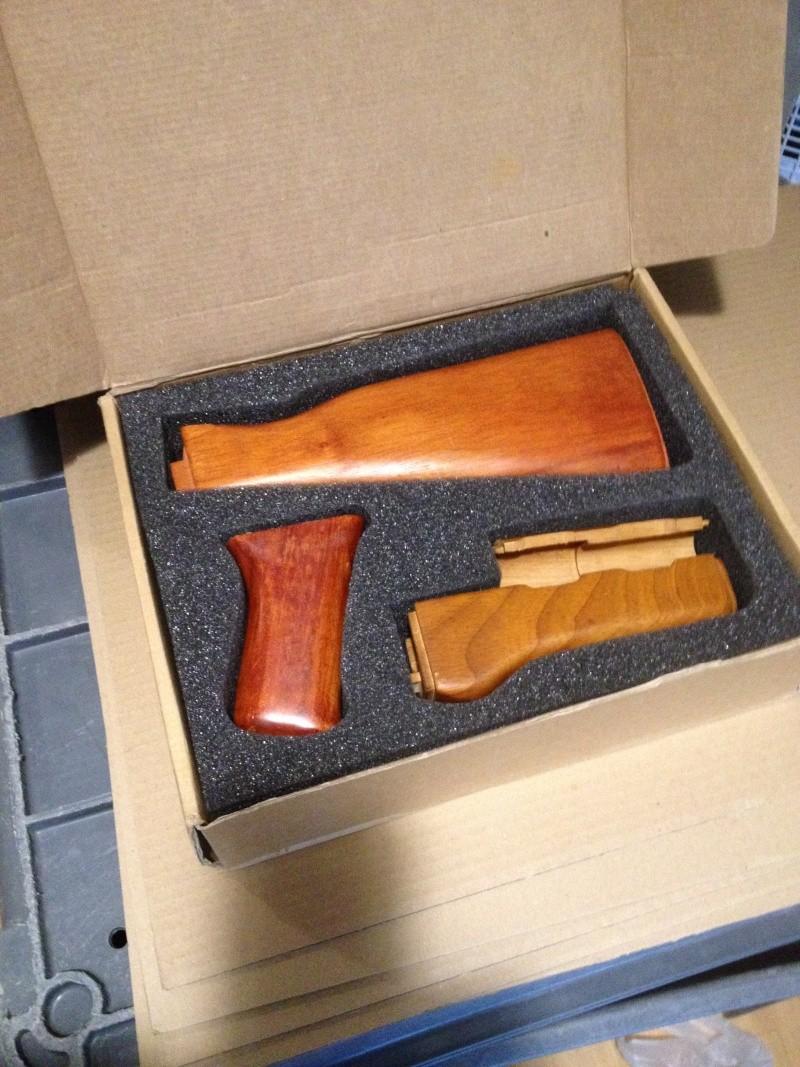 vend kit bois ak 47  Img_2012