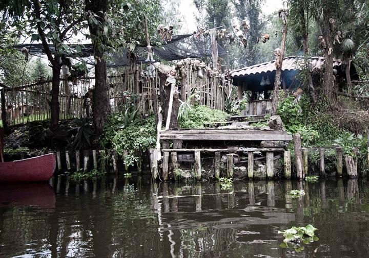 Les 50 lieux les plus fantomatiques. (sujet participatif, venez nombreux) Poupee11