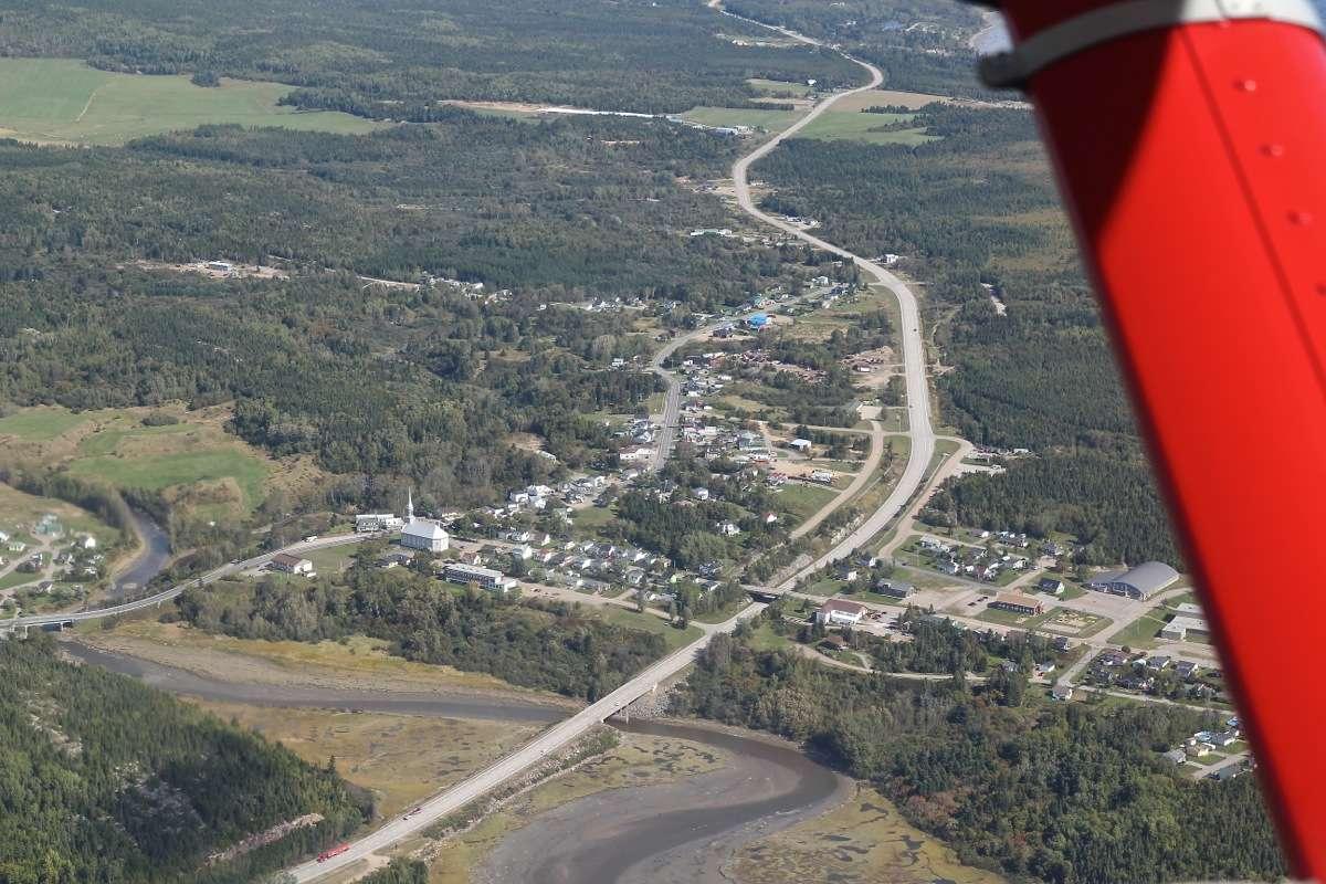 En D.H.C. Beaver au dessus du Québec.  FIN le 05/03/2015 - Page 3 Img_5023