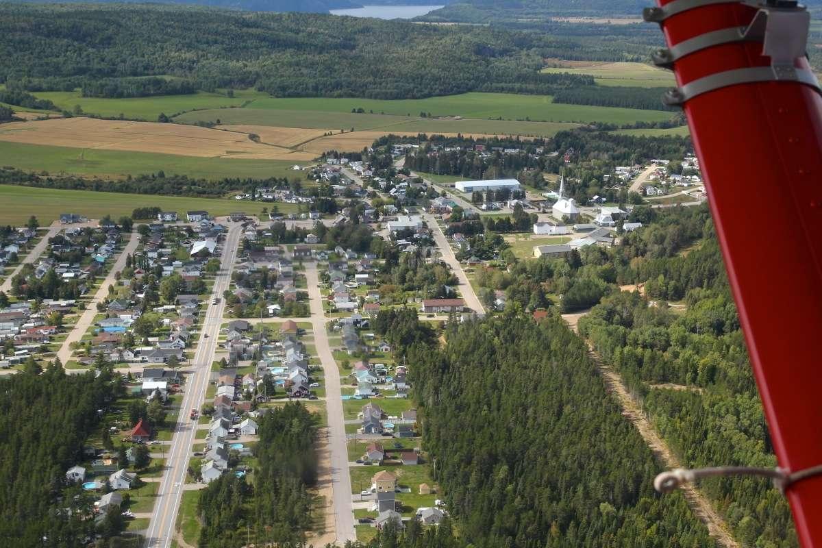 En D.H.C. Beaver au dessus du Québec.  FIN le 05/03/2015 - Page 3 Img_5030