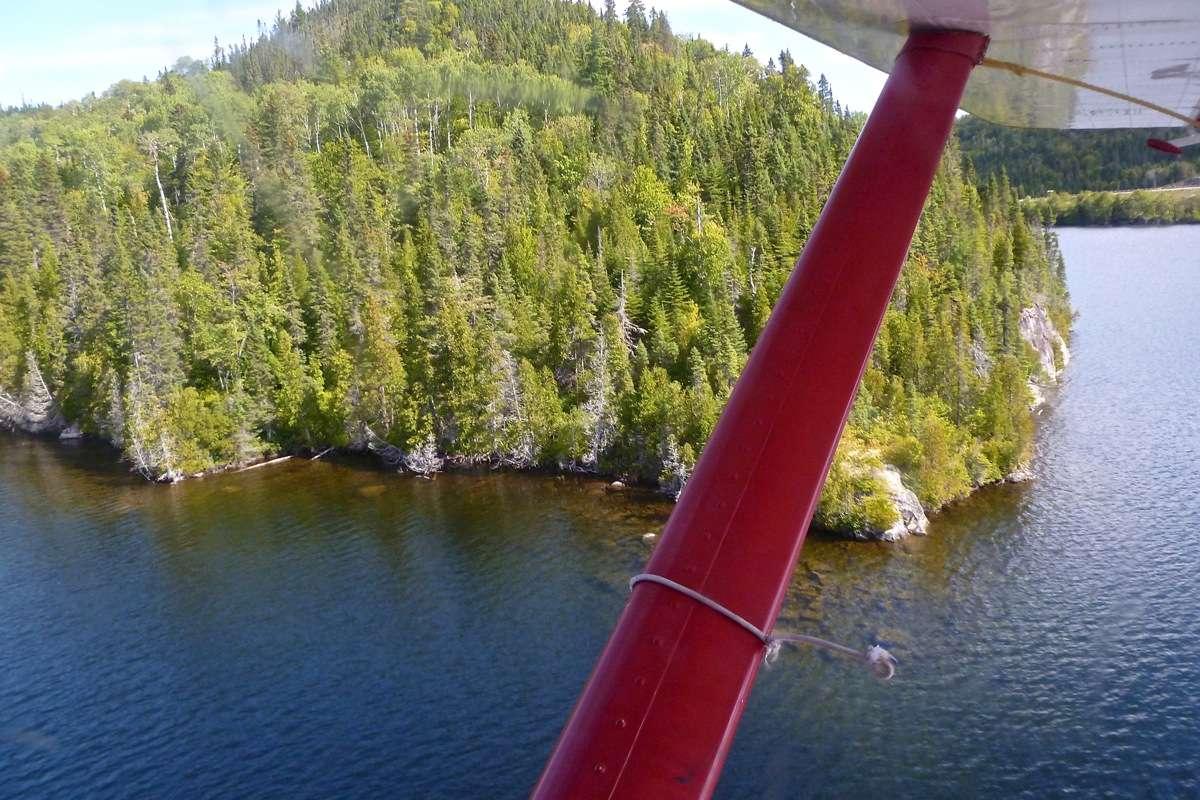 En D.H.C. Beaver au dessus du Québec.  FIN le 05/03/2015 - Page 3 P1030914