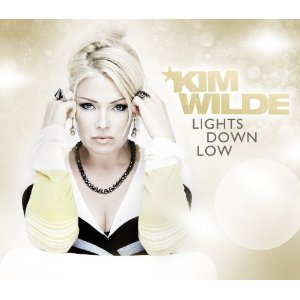 Kim Wilde 2010 - 2011 - Page 2 41vd0e10