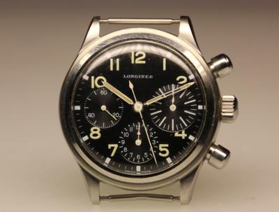 Longines type aviation Chronographes très rares, avec et sans lunette, compteur des minutes et aiguilles différentes des deux versions Bizupd10