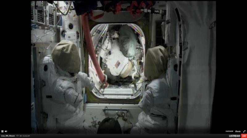 En direct de la Station Spatiale ISS .... Sans_t10